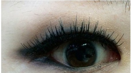 Kết quả trang điểm mắt kiều Hàn Quốc bằng kẻ eyeliner