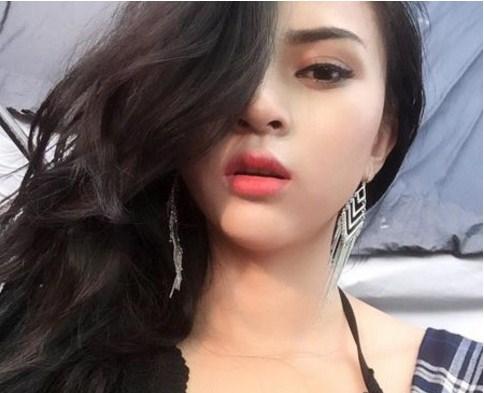 Người mẫu Kim Anh ( TP.HCM)