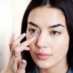 Lấy mỡ mí mắt có nguy hiểm không? Chuyên gia tư vấn