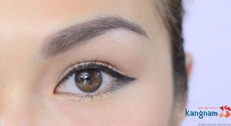 cách trang điểm cho mắt xếch 3